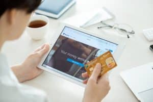 Mobile-Commerce-2015
